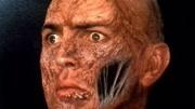小伙去山洞里歇息,卻遇上蜘蛛精,被蛛絲裹成了木乃伊